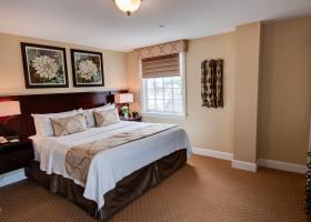 Room517-1-min