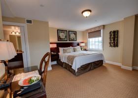 Room517-4-min
